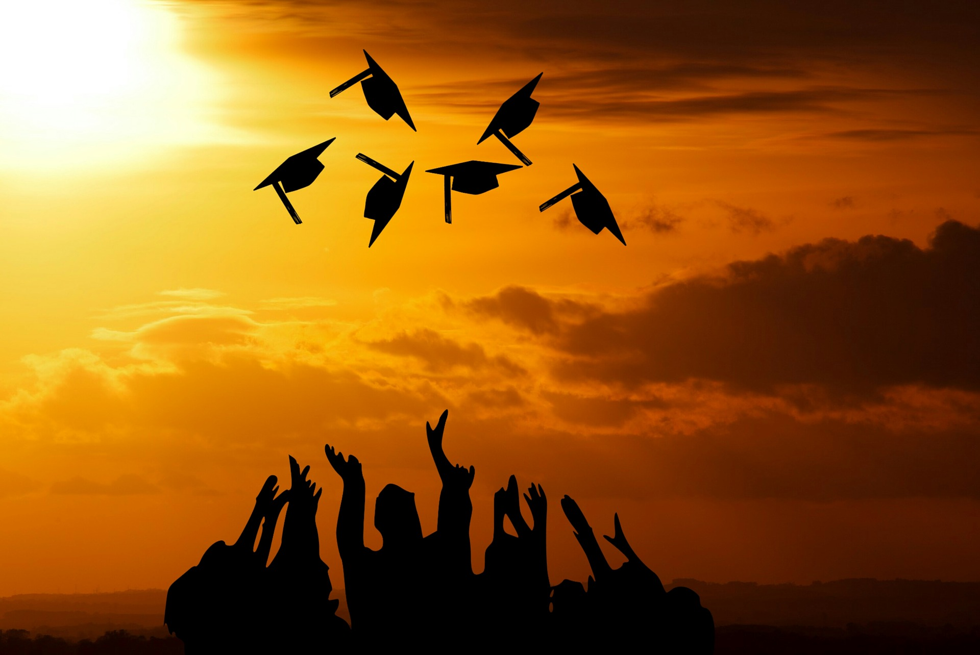 graduation-3649717_1920